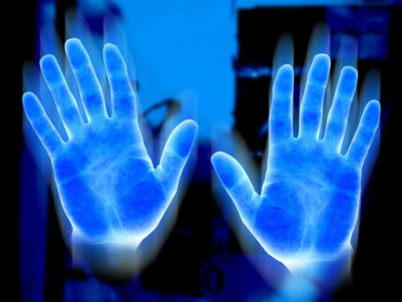 http://batpoopcrazy.files.wordpress.com/2013/06/glowing-hands.jpg